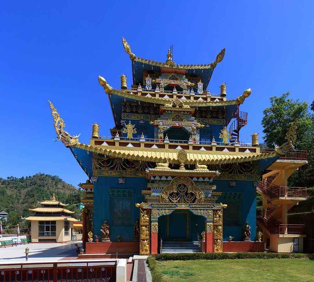 Последние два являются известными туристическими местами в Химачал Прадеш.